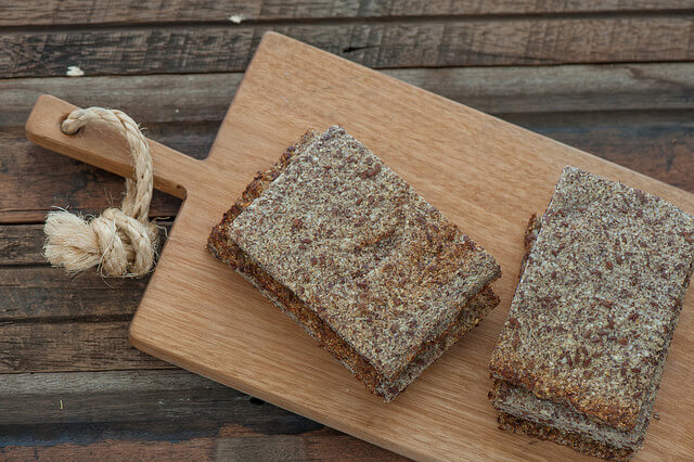 Low Carb Cauliflower Linseed Bread2